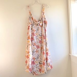 ASTR floral dress sleeveless summer size:L NWT